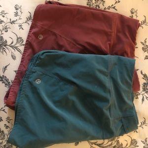 Size 8 pleated lululemon shorts